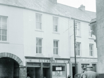 Gleasure pub
